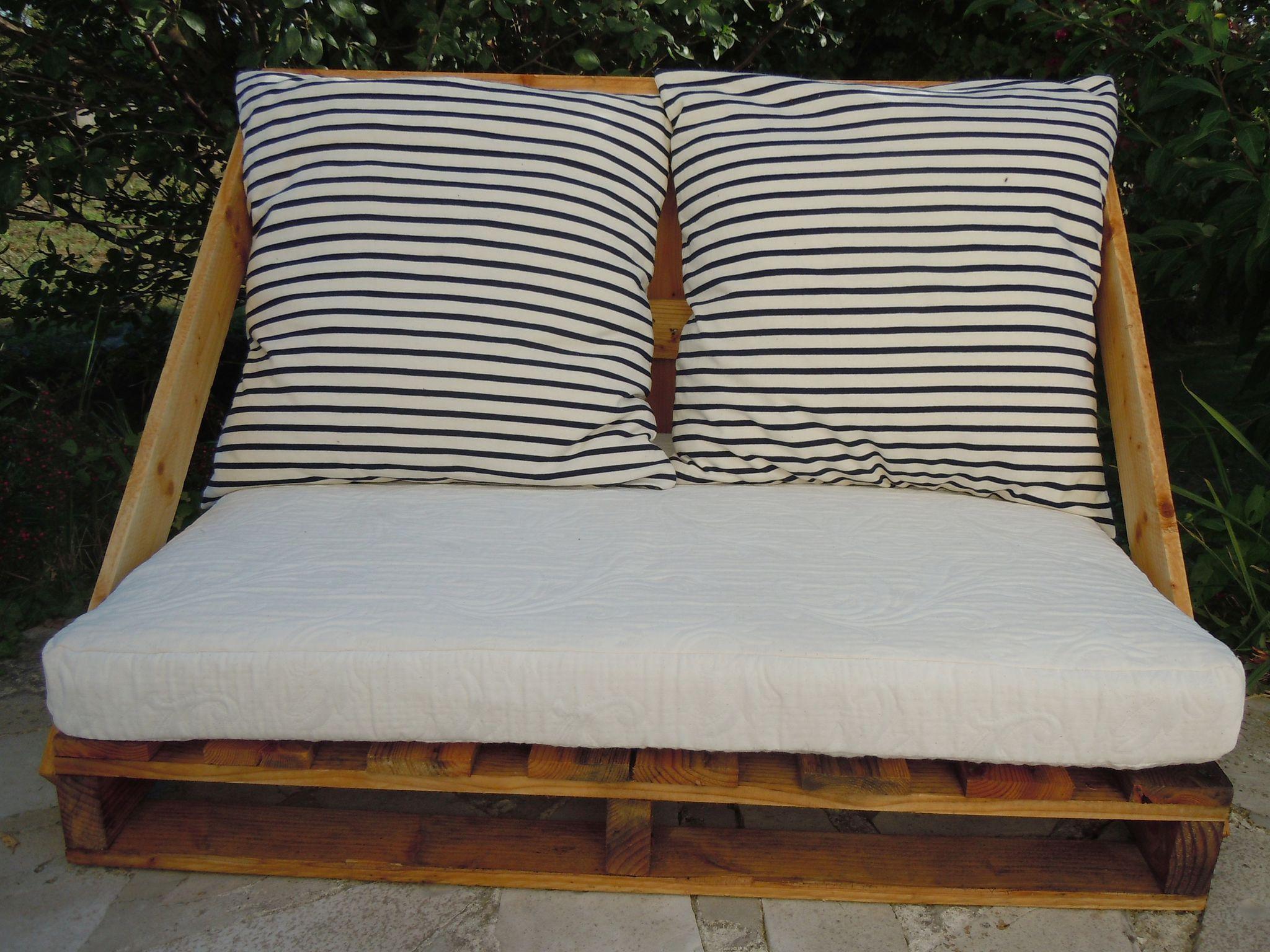 r cup de palettes r cup palette pinterest r cup palette et fauteuils. Black Bedroom Furniture Sets. Home Design Ideas