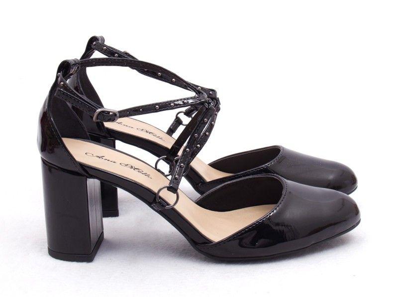 e6ebe206c7 Ana Mello Calçados Femininos - Sapato Preto Salto Grosso e Bico Redondo -  Salto…
