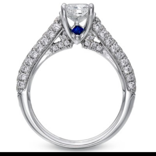 Vera Wang Engagement Ring Absolutely Love The Blue Sapphire
