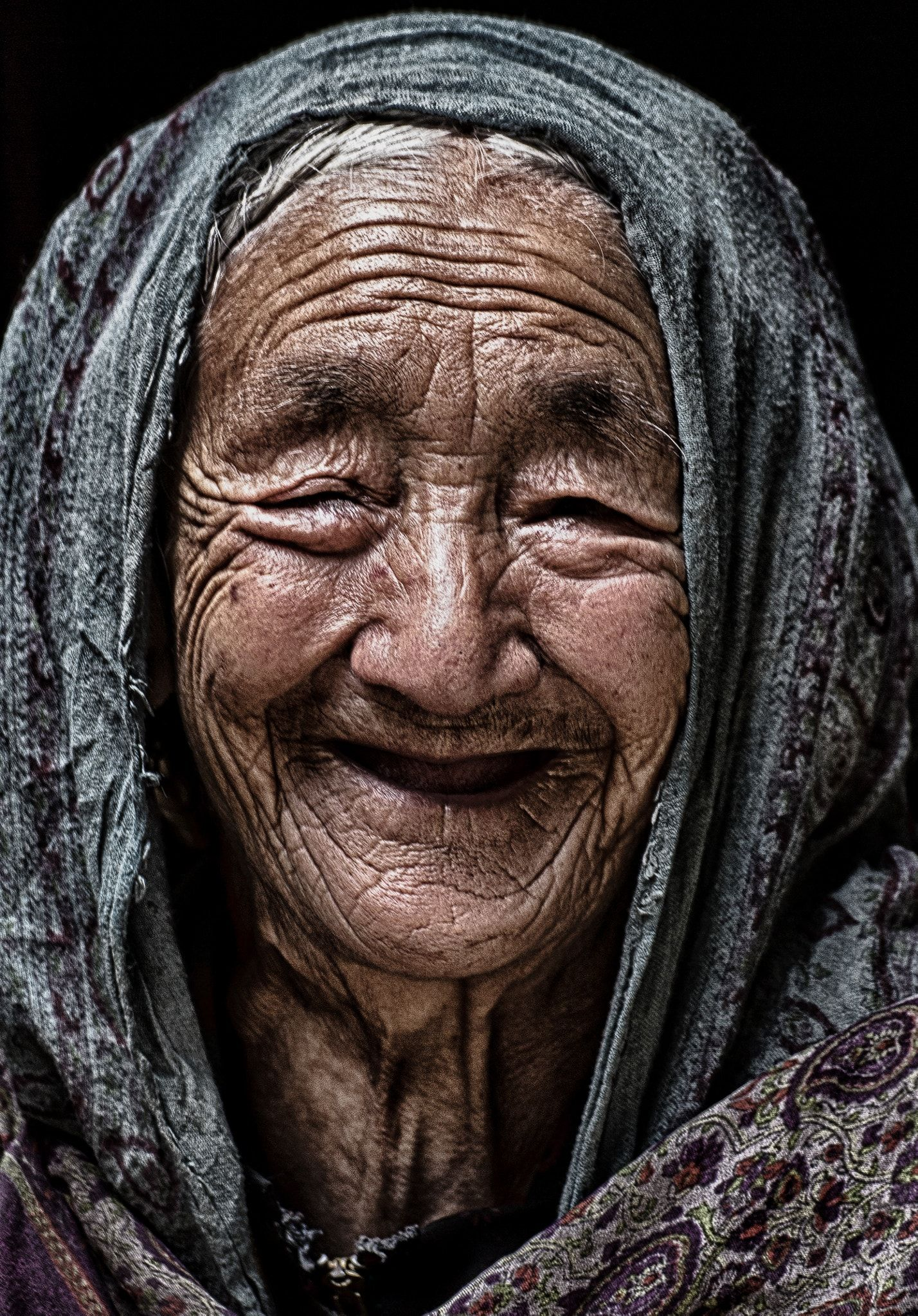 Grace - An Old Lady In The Turtuk Village Of Ladakh Region -2143