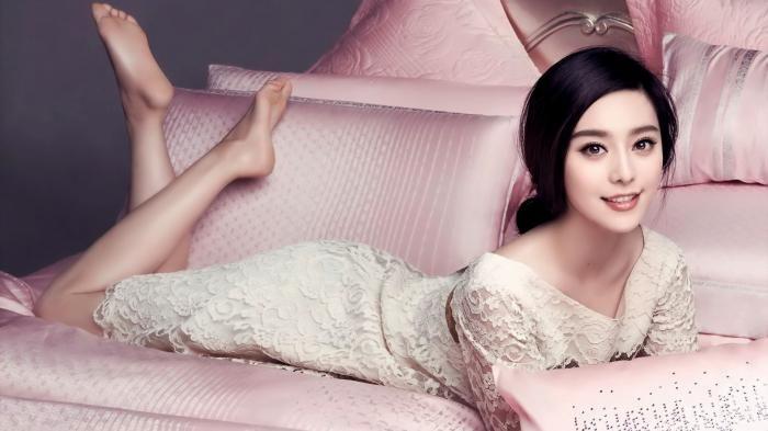 Fan Bingbing - Luar Biasa! Wanita Tiongkok Ini Masuk 10 Besar Aktris Berpenghasilan Tertinggi