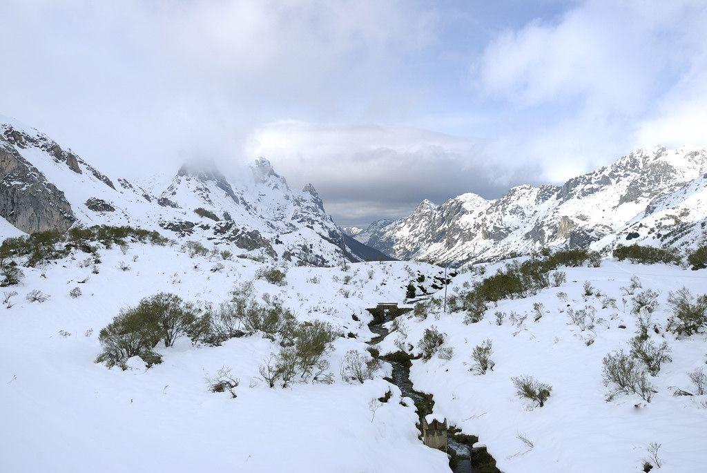 A partir de mañana se espera otra buena nevada. A ver si es verdad!!