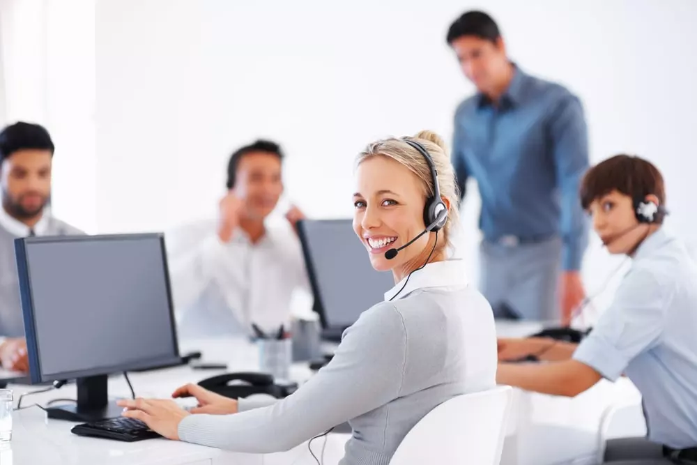 are you looking for gmx roadrunner mail customer service support so you can call gmx