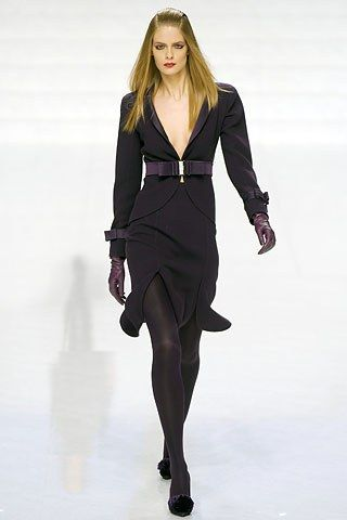 Valentino Fall 2006 Ready-to-Wear Fashion Show - Julia Stegner