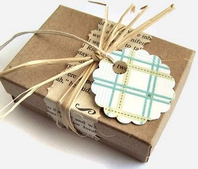 Brown paper + interesting paper + raffia + nice tag #giftwrappingideas