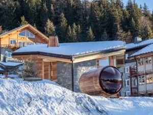Un chalet 5 étoiles avec sauna panoramique perché face au Mont Blanc