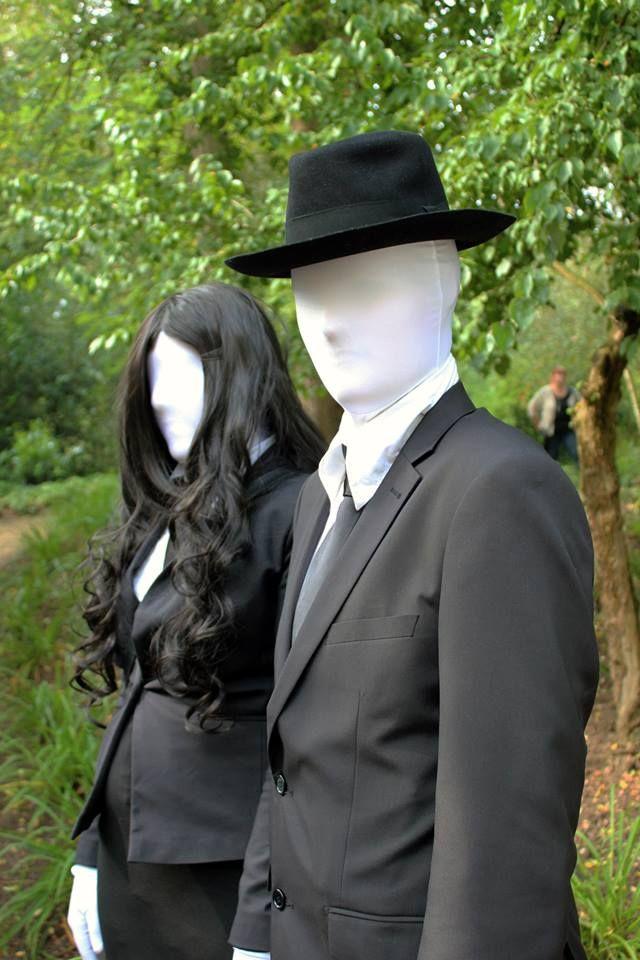 Slender Man & Slender Woman Elfia Arcen 2014  - https://www.facebook.com/photo.php?fbid=1509494132627714&set=a.1509489242628203.1073741840.100007014253874&type=1&theater
