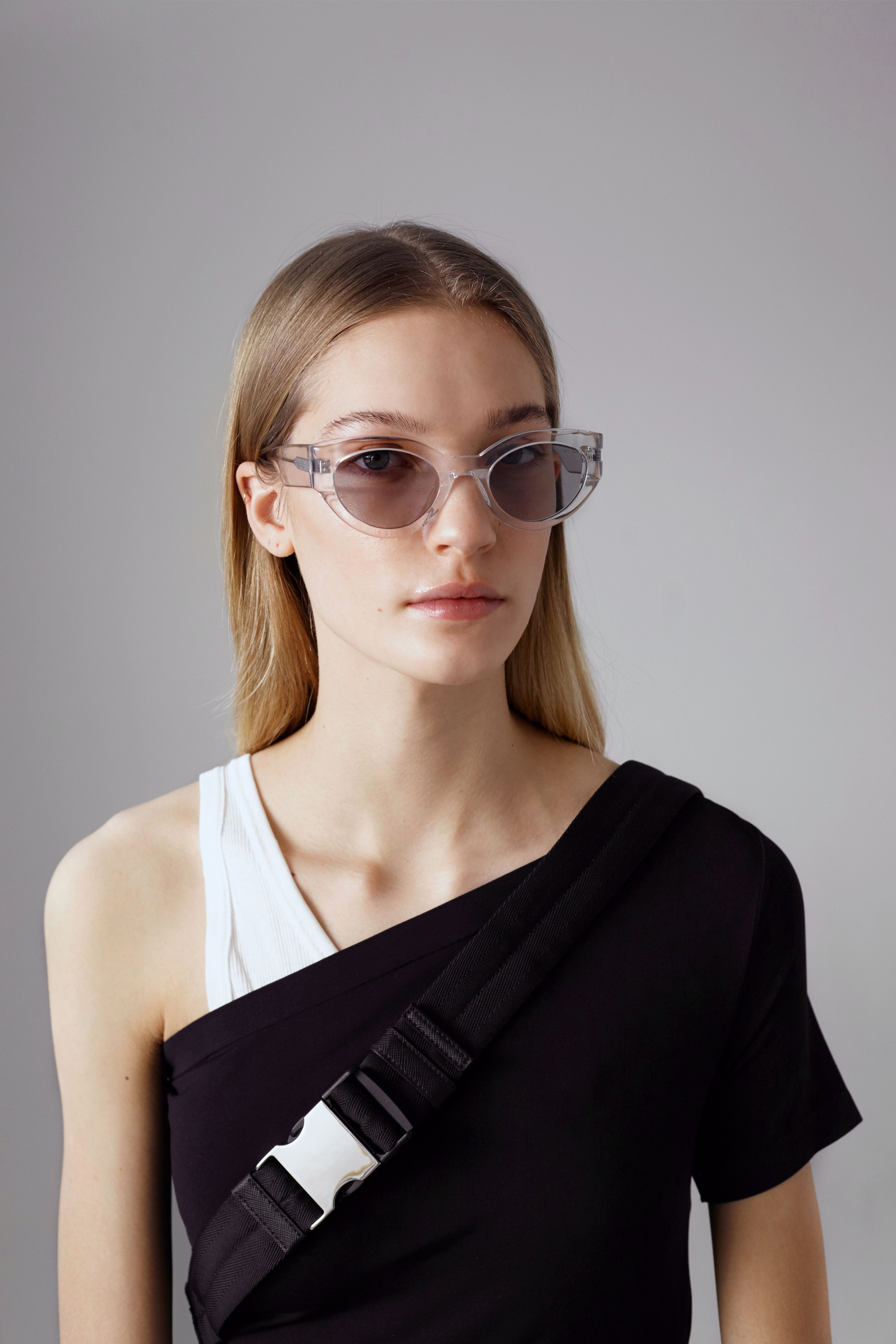138e9d7c5a2 2018 NEW SUNGLASSES LOOKBOOK Tazi C1 from RED WIDE OPEN collection   gentlemonster  sunglasses