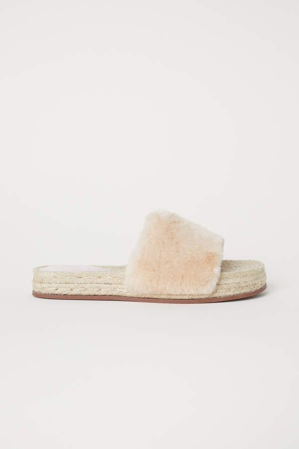 43366adf90f2 H M H   M - Faux Fur Slides - Light beige - Women