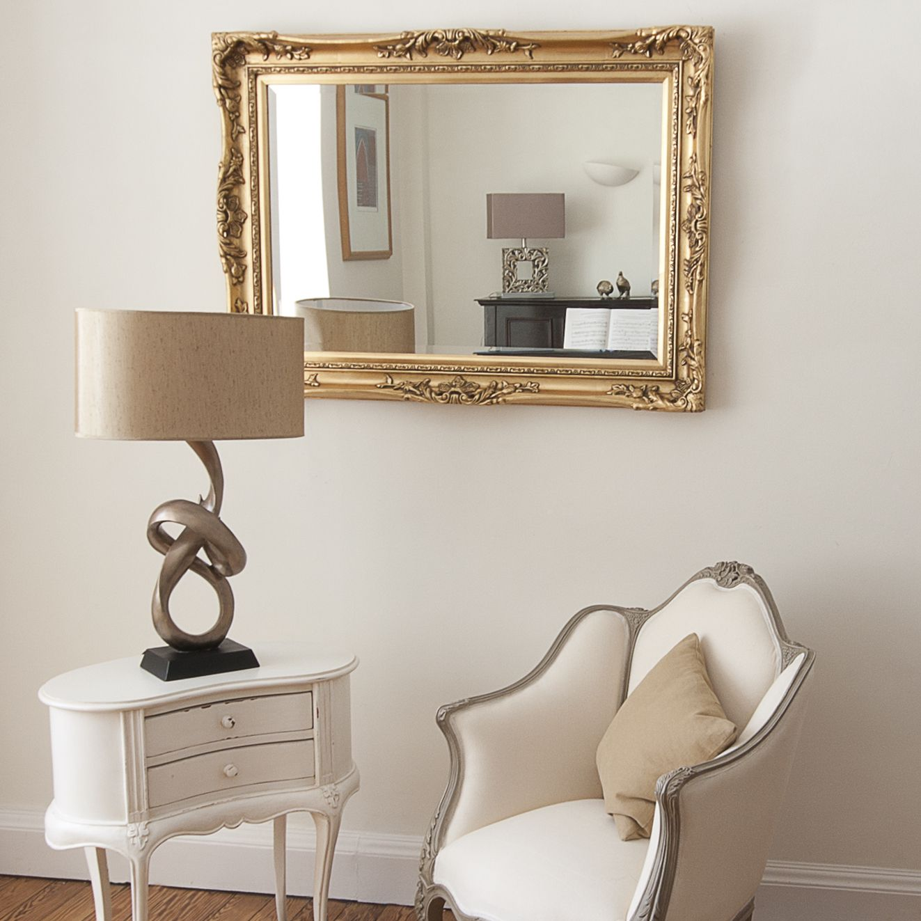 Elegant Gold Mirror | Living room mirrors, Vintage gold ...