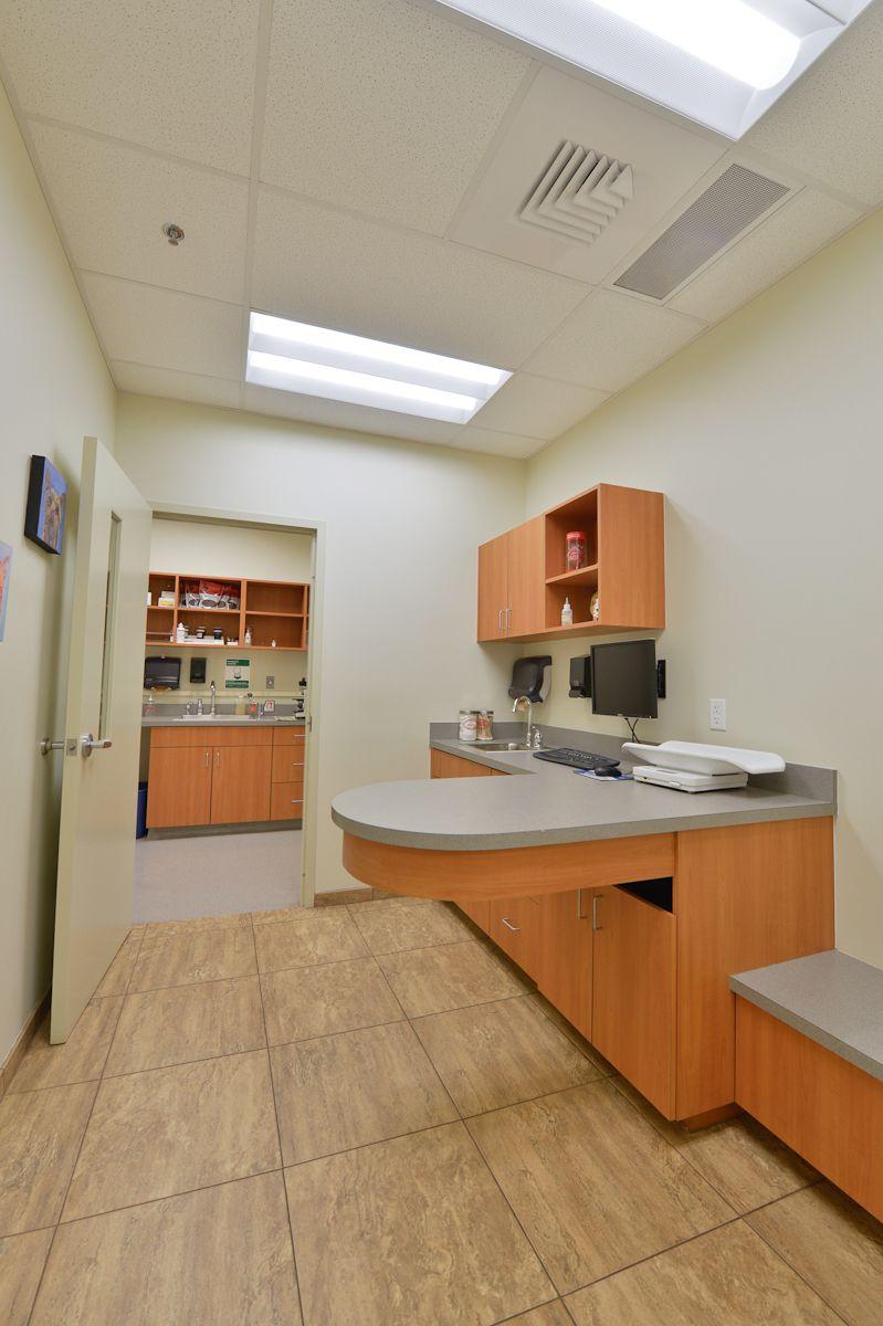 Morningside Animal Hospital - Exam Room www.kirchmanconstruction.com