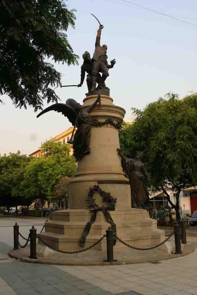 Monumento a Vara de Rey, Ibiza. Obra d'Eduard Alentorn