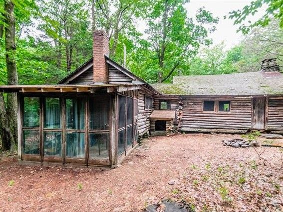 Rustic Log Cabin On 7 25 Acres In Hartland Ct For Sale