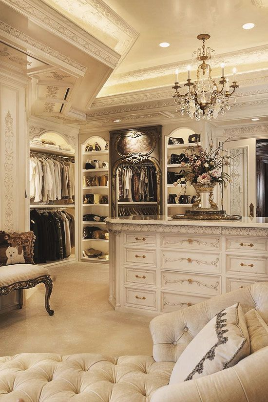 30 Walk-in Closets You Won\'t Mind Living In   Decorating, Spaces ...