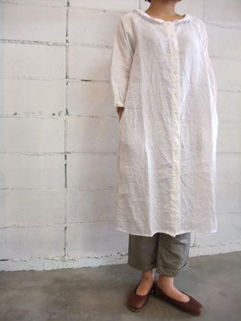 タイプ別に リネンのワンピースコーディネートまとめたよ キナリノ ファッション 衣類 おしゃれな女性