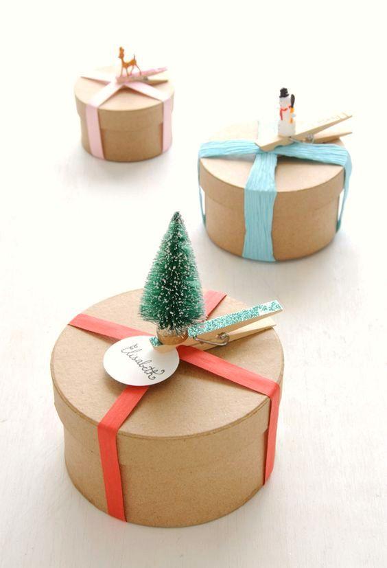Create and Craft 23gm pot CHRISTMAS Glitter GREEN Ultra fine SPARKLING