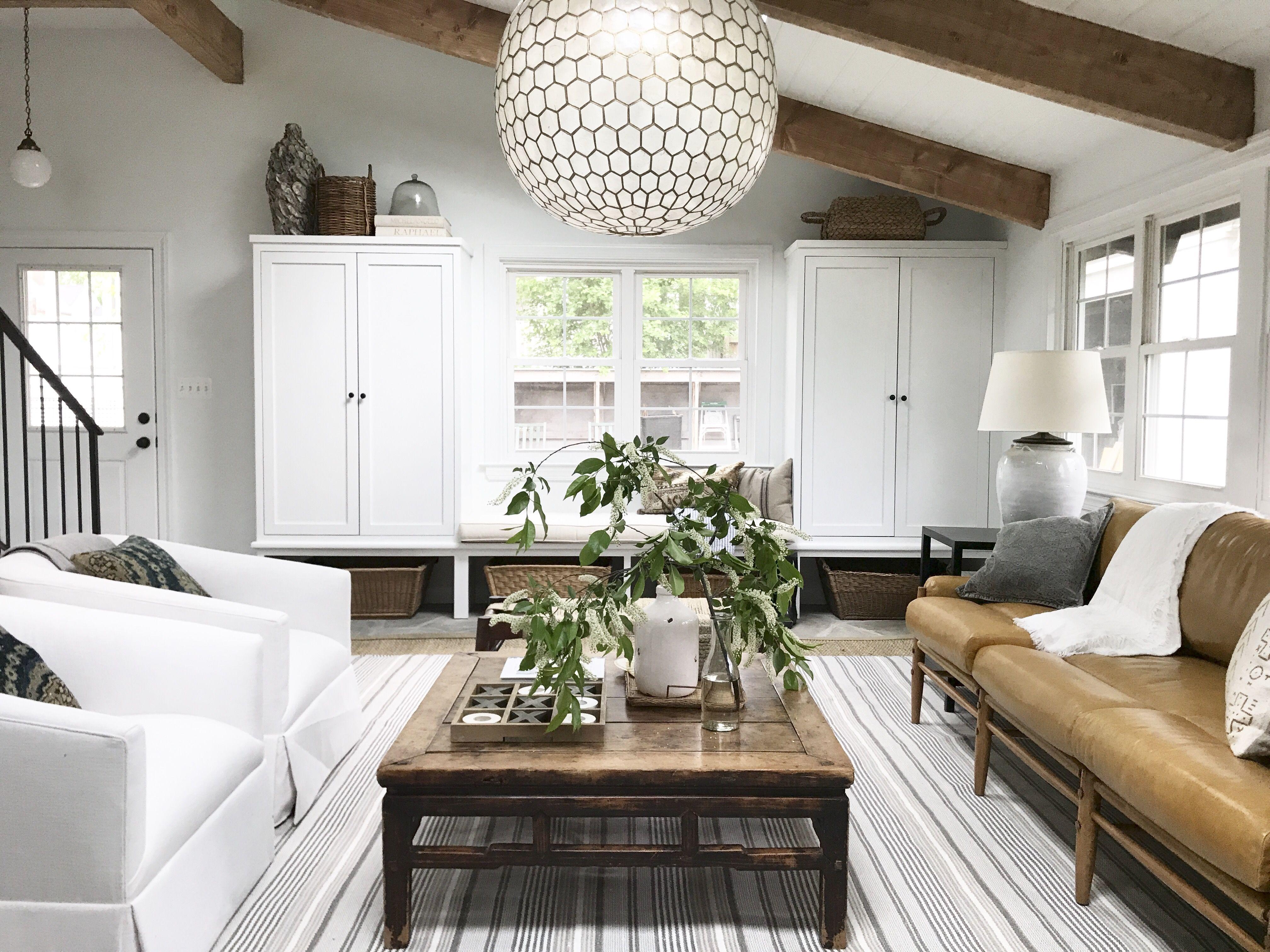 Best House On The Block Episode Recap Cape Cod Lauren Liess Living Room Designs Lauren Liess Cozy Family Rooms