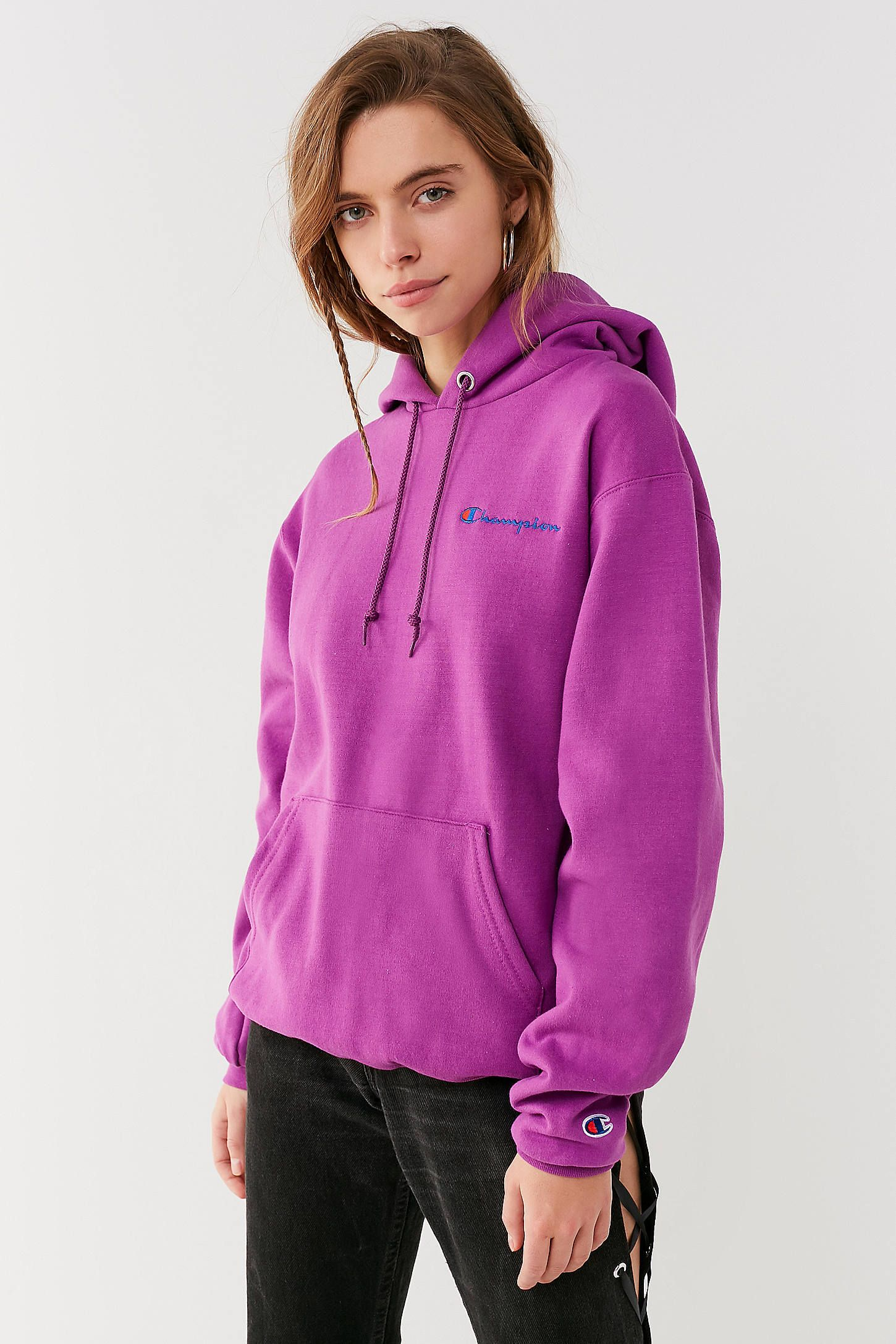 Champion Uo Reverse Weave Mini Logo Hoodie Sweatshirt Sweatshirts Hoodie Sweatshirts Hoodies [ 2175 x 1450 Pixel ]