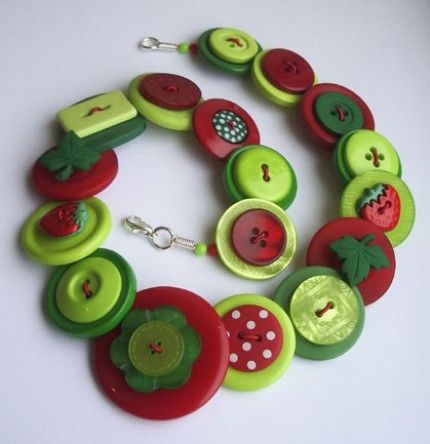 Beautiful buttons necklace