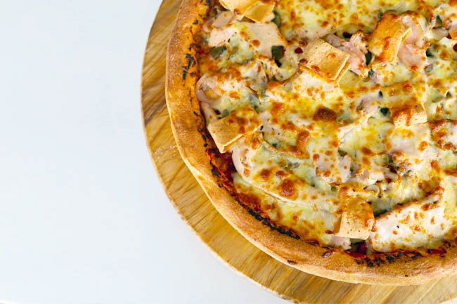 10 Best Pizza Delivery Shops In Singapore Best Pizza Delivery Good Pizza Pizza Delivery