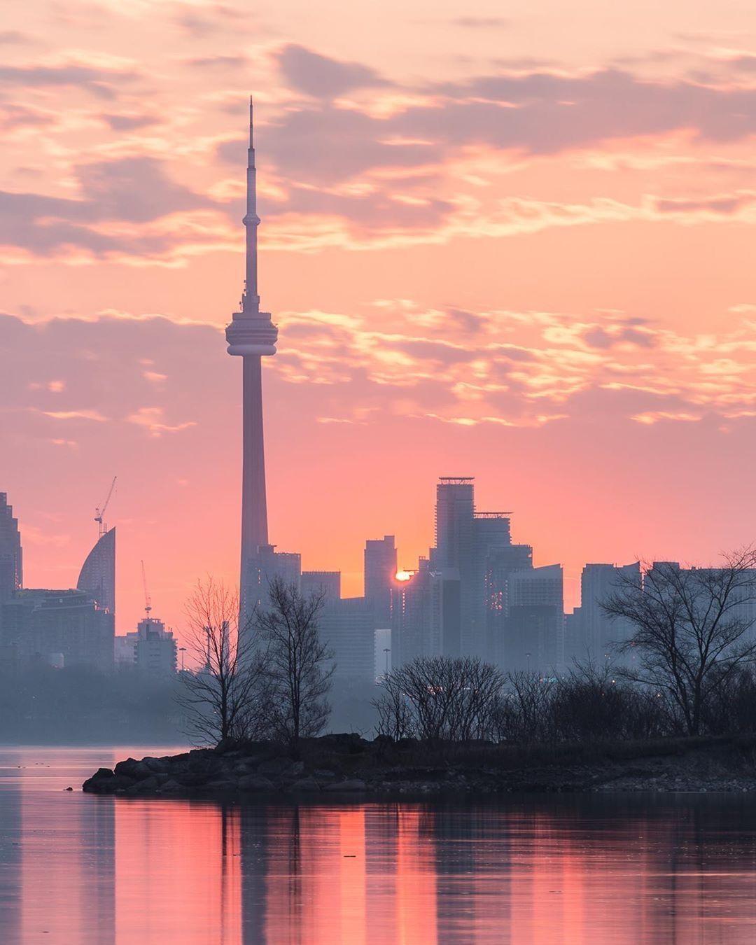 Sunrise From Humber Shores Park Toronto Ontario By Taku Smaku On Instagram Canada Photography Toronto City Sunrise City