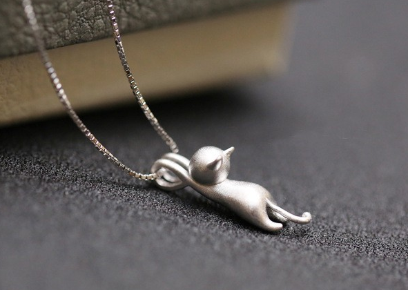 925 Sterling Silver Climbing Cat Necklace Pendant – Uptown Store