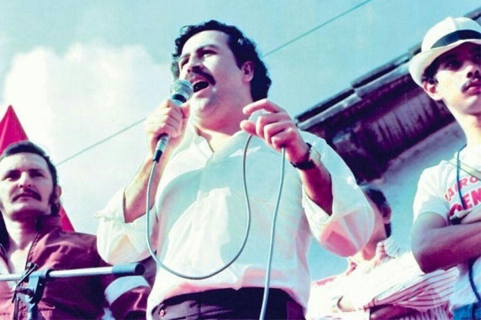 Pin By Kamil On Historia Pablo Emilio Escobar Pablo Escobar Escobar
