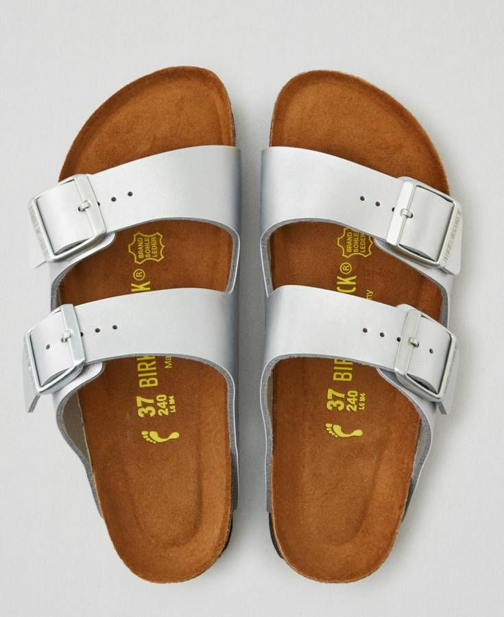 a6158b00b524 AEO Birkenstock Arizona Sandals