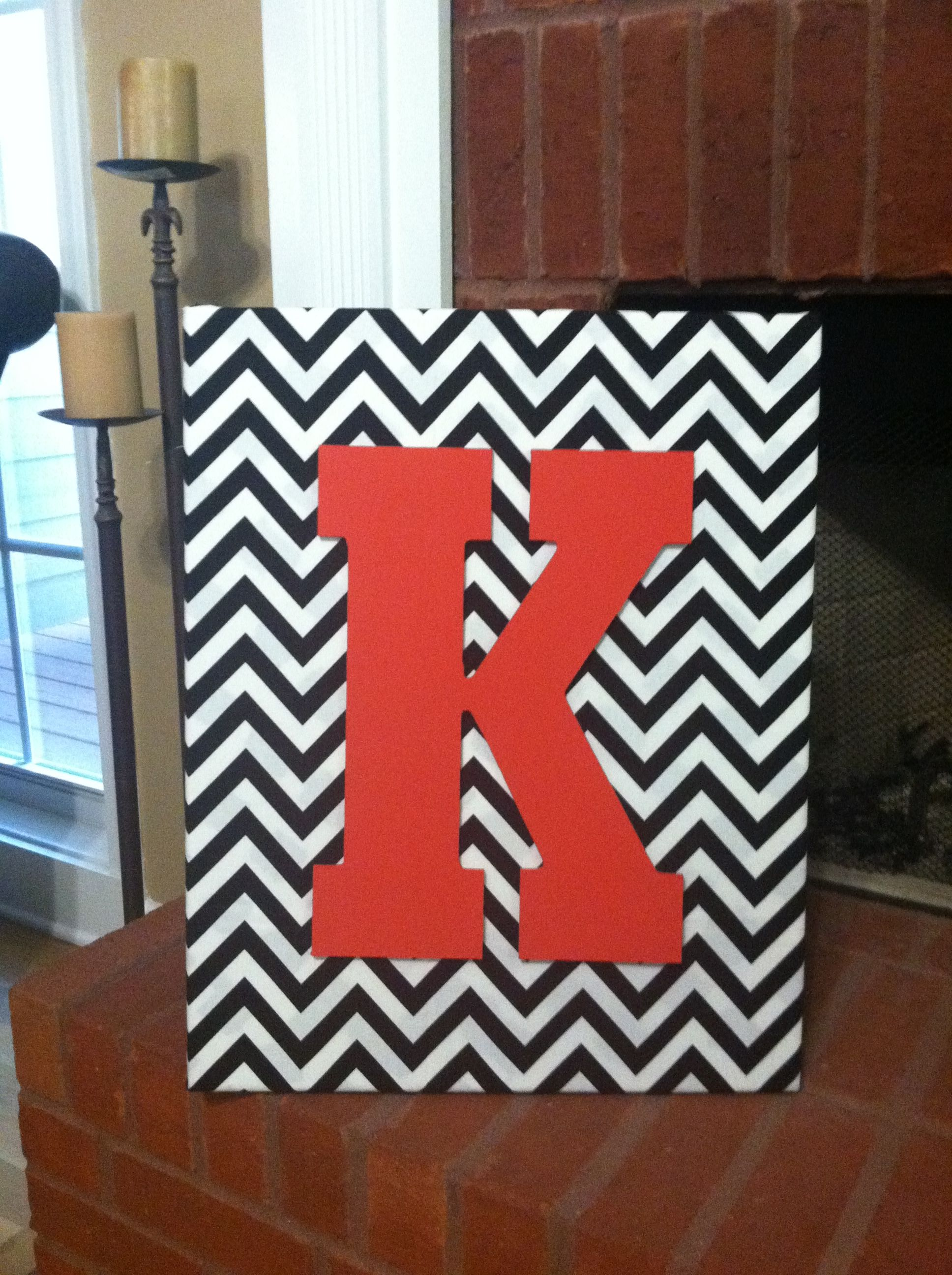 I finally decided to be crafty! Love chevron ❤ Thanks Pinterest for the idea!