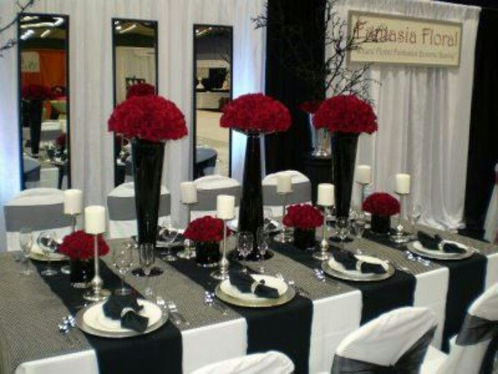 Red Black And White Guest Table Setting White Wedding Decorations Black And White Wedding Theme Wedding Table Settings
