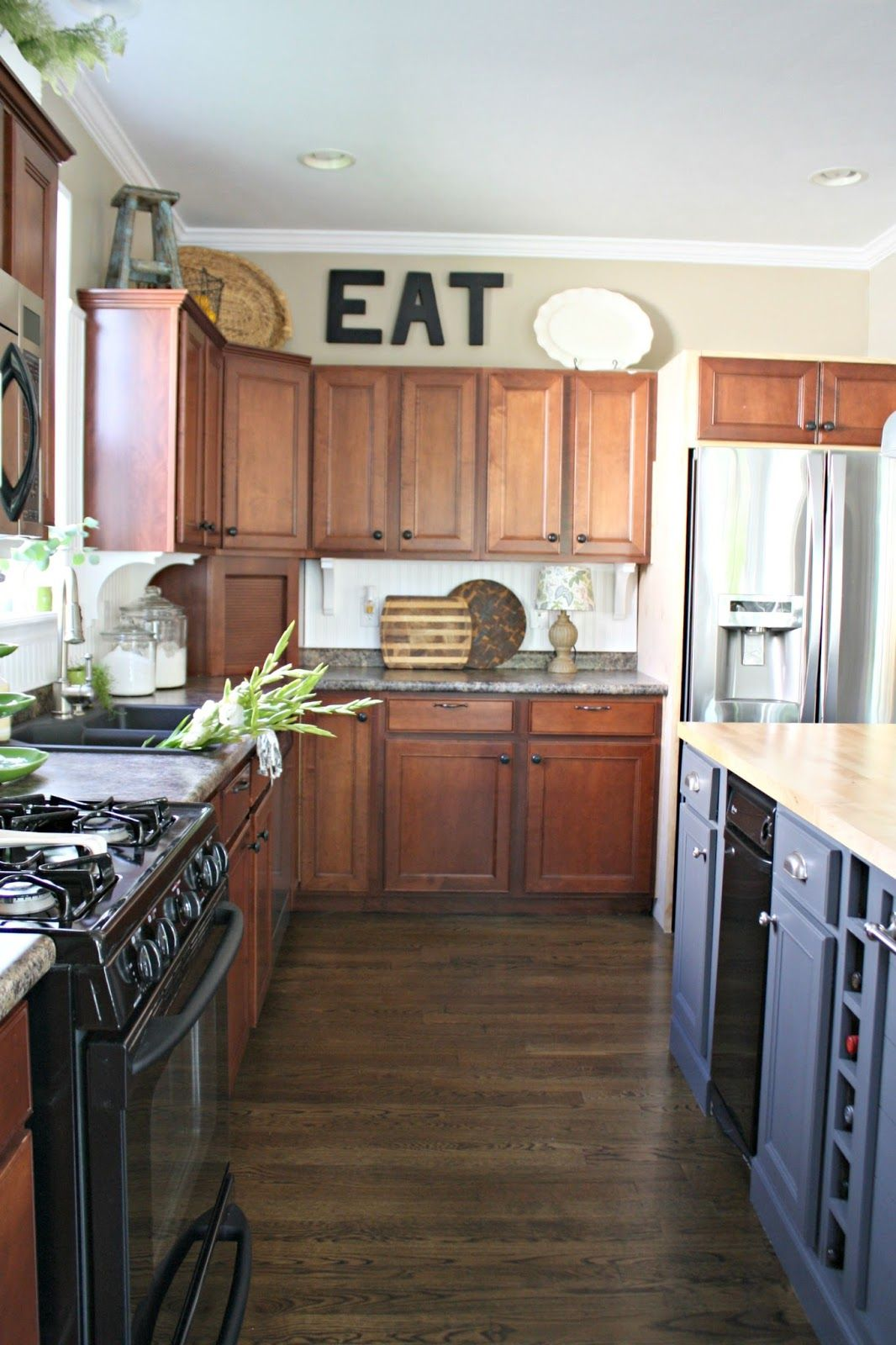 building cabinets up to the ceiling building kitchen cabinets building a kitchen kitchen on kitchen cabinets to the ceiling id=16939