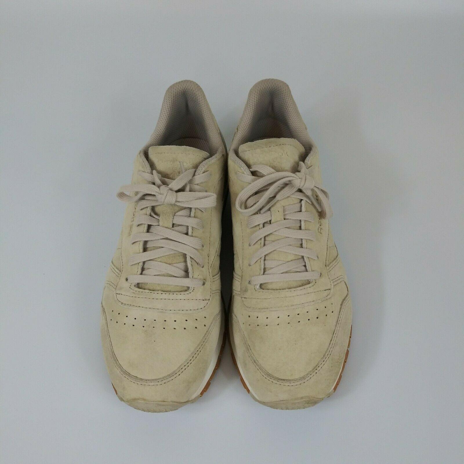 Reebok Classic Suede Shoe. Tan