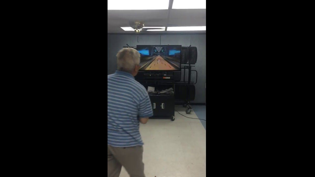 Xbox 360 Kinect® Sports for senior citizens. Volunteers needed or please...