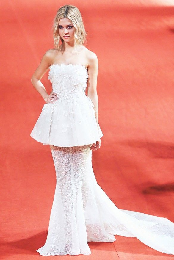 How gorgeous does Nicole Peltz look in this embroidered silk gown? // #RedCarpet #CelebrityStyle #CelebrityBeauty
