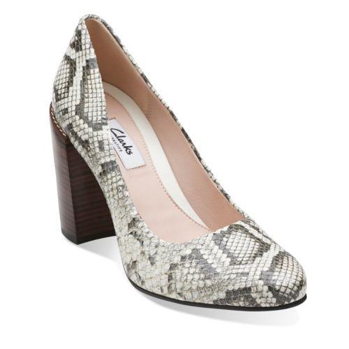 Crumble Cream Natural Snake - Womens Medium Width Shoes - Clarks