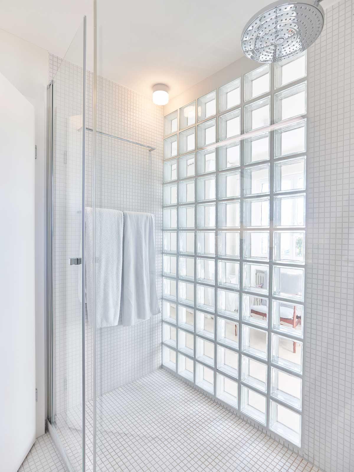 umbau privathaus dusche mit glasbausteinen innenarchitektur marc briefer gmbh foto zeljko. Black Bedroom Furniture Sets. Home Design Ideas