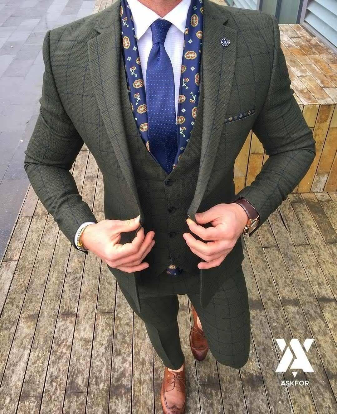 Flannel shirt under suit  wtfmenmensfasionchoosemensflannelshirt