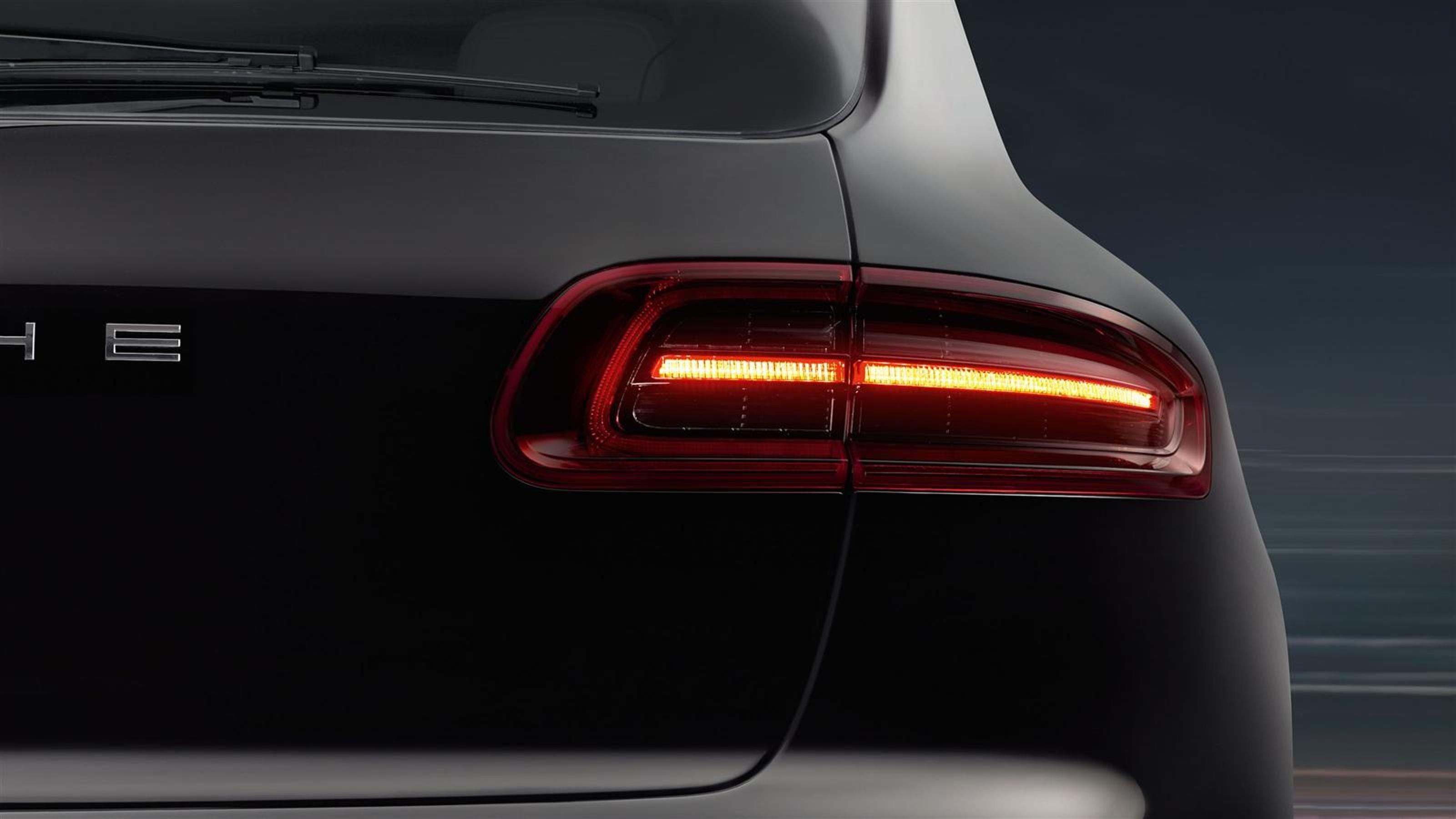 2015 Porsche Macan – Latest Images – CarRevsDaily.com 15   Zoom ...