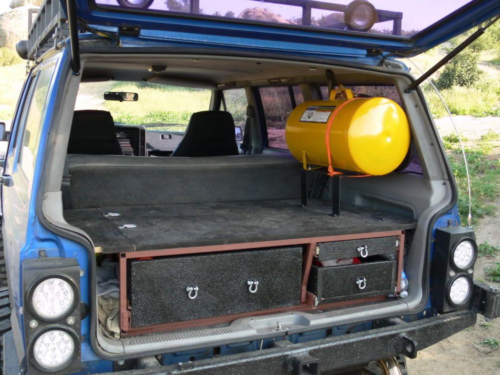 Great Xj Storage Jeep Xj Jeep Mods Jeep Garage