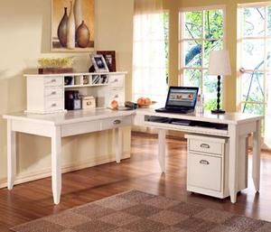 Picture of L-Shaped Writing Desk and Return
