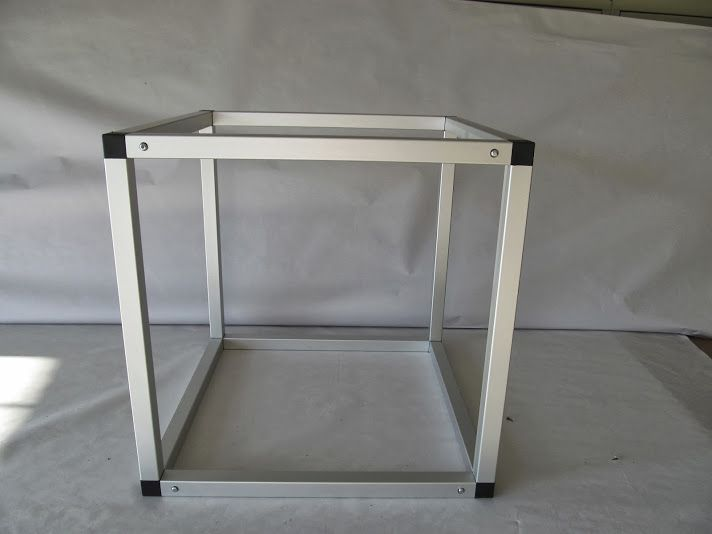 modular aluminum frame made from the wwweztubecom boltless construction system