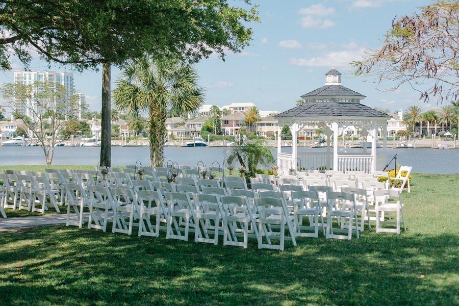 Blush, Gold, and Champagne Wedding | danielle | Pinterest | Garden ...