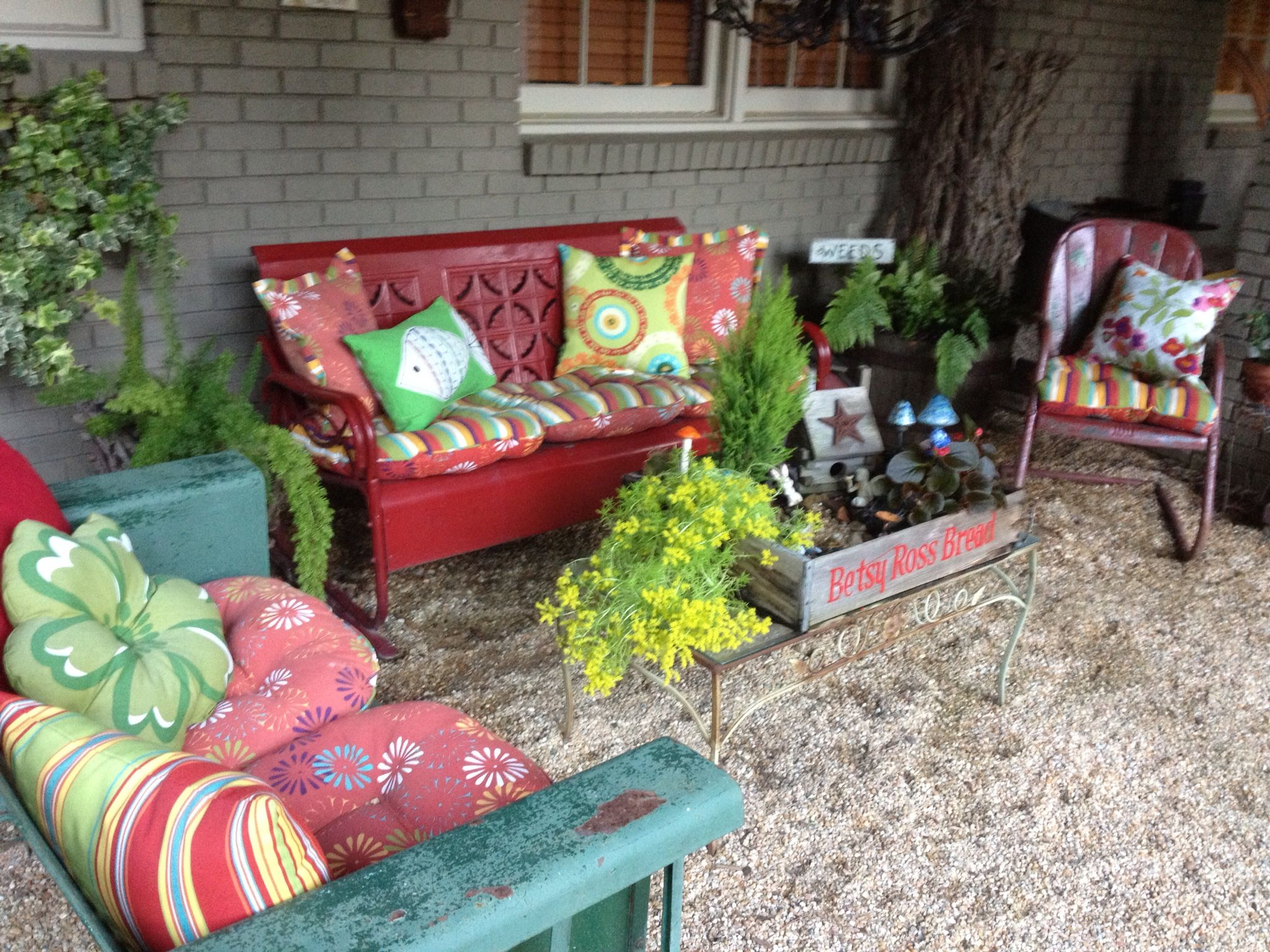 Vintage Patio Furniture Love The Bright Colors