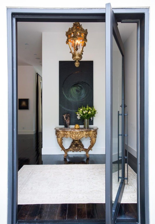 10 Beautiful And Interesting Front Doors Apartment Therapy