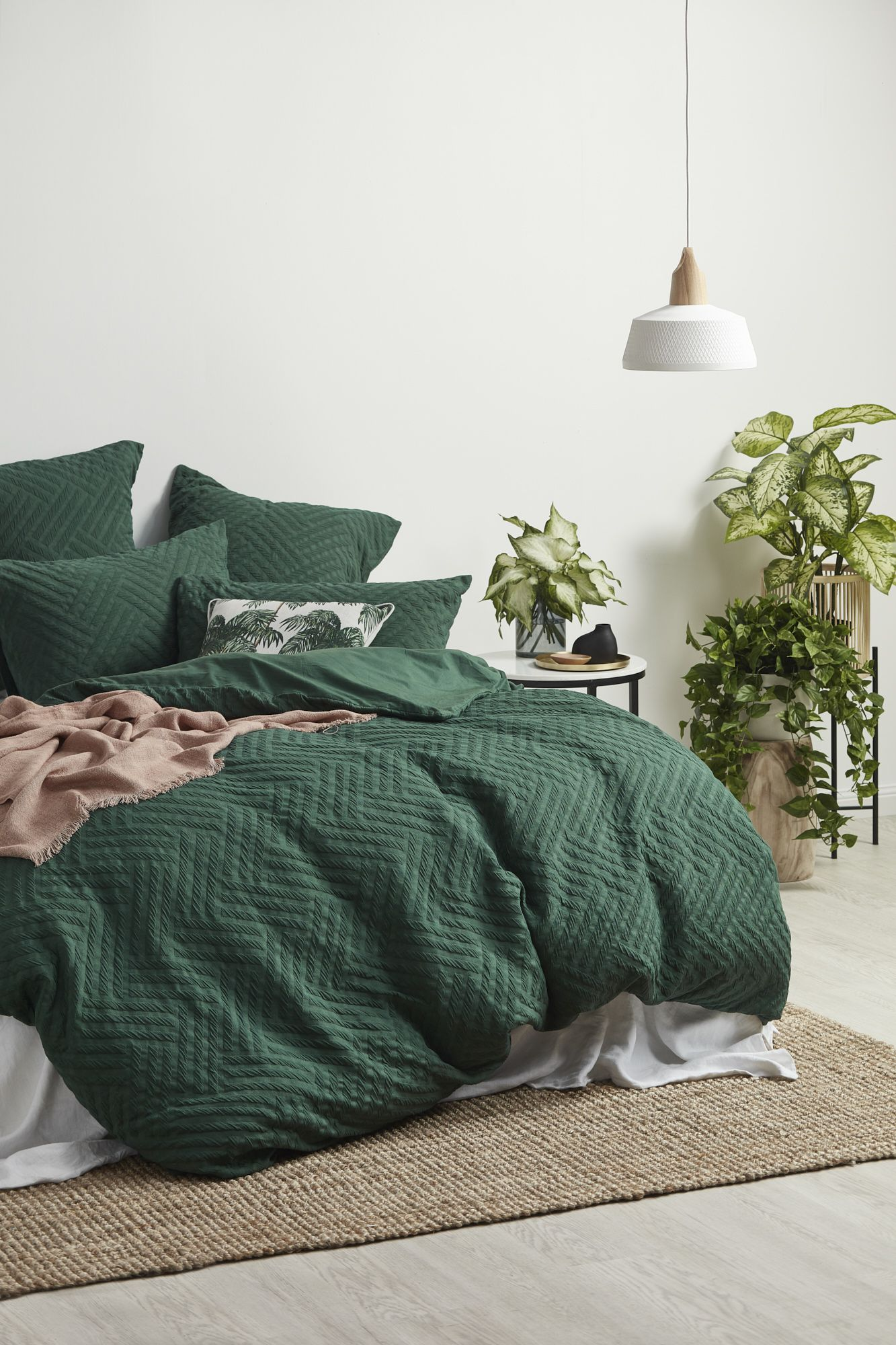 Forest Green Bedroom Forest Green Bedrooms Bedroom Green Green Rooms