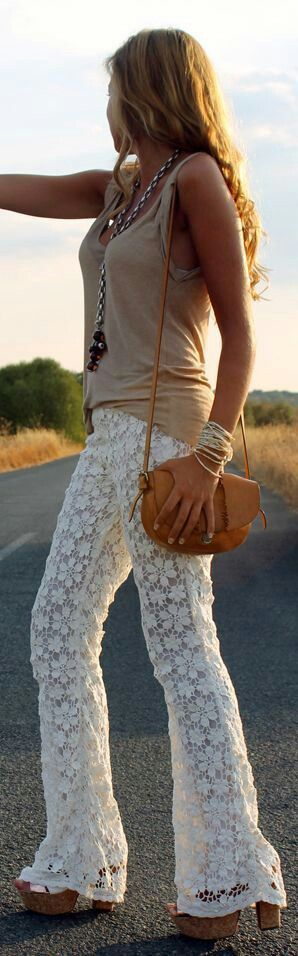 Stylish white pant and tank street fashion. Except for the style of heels and bell bottom look I love this.