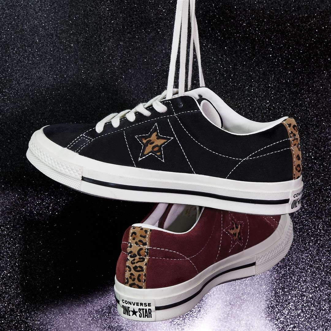 Converse One Star Trainers Black Egret