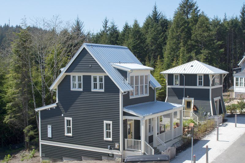 Metal Roof In Natural Galvanized Gray I Roofing In
