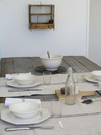 la table douce (de la maison douce)