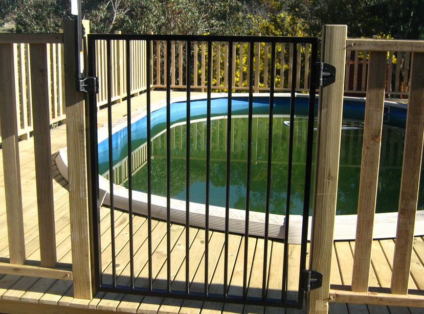 18+ Stylish and Safety Pool Fence Ideas for Your Homes | Fences